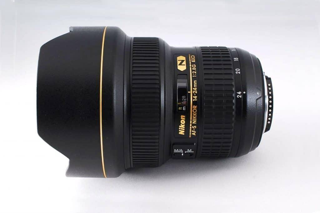 Nikon AF-S NIKKOR 14-2 4mm F2.8G ED zoom lens