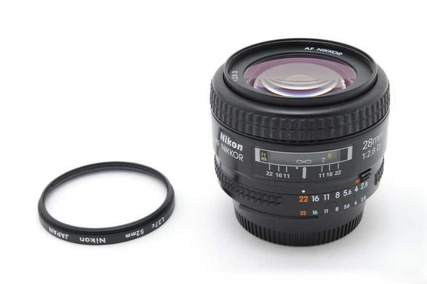 Nikon AF FX NIKKOR 28mm f/2.8D