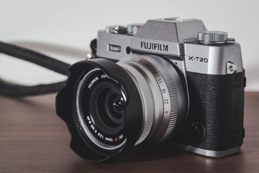 fuji x-t20 mirrorless camera