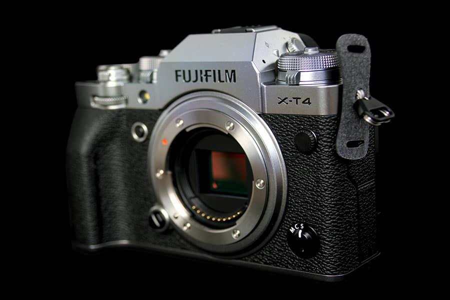 Fujifilm X-T4 Mirrorless camera with exposed aps-c sensor