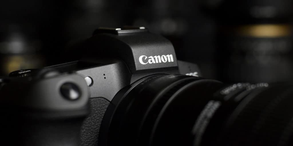 canon eos r5 with video lenses