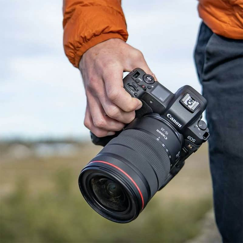 canon rf 24-70 F2.8 Zoom lens