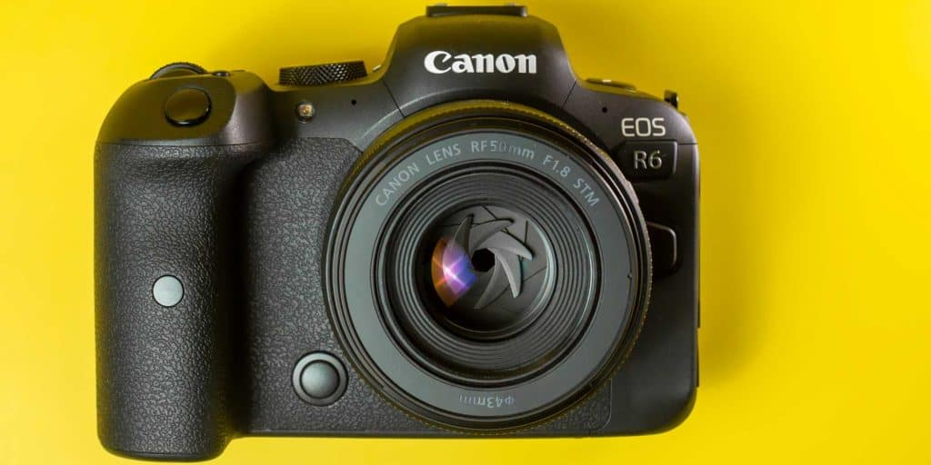 canon r6 with a 50mm prime lens